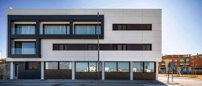 Edificio Residencia para mayores y hogar de estancia diurna