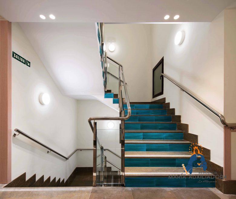 Escaleras Residencia María Auxiliadora Granada